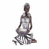 STATUE African Lady Kneeling Black/White 10x11x18cm
