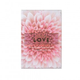AFFIRMATION CARDS Living In Love